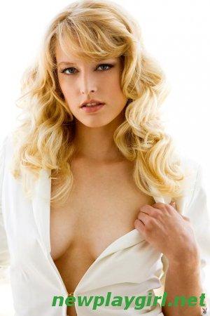 Playboy All Naturals - Rosaline Evans