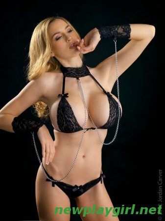 Jordan Carver - Black Magic