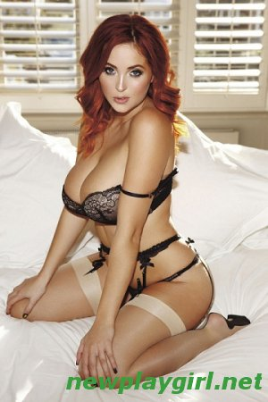 (Nuts Big Boobs) - Lucy Collett