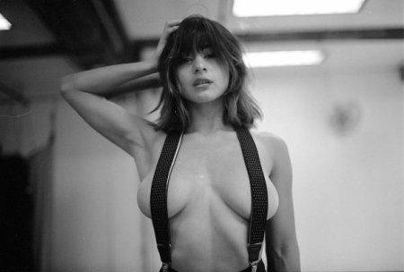 Mia Valentine - Zeno Gill Photoshoot