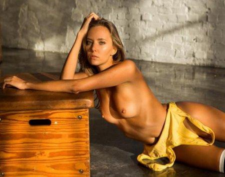 Katya Clover - Hannes Walendy Photoshoot 2020